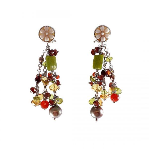 Orecchini chandelier con grappoli di pietre granate e gialle e cammei di Torre del Greco ai lobi OR13819