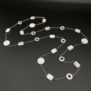 Collana lunga da donna in argento e madreperla G15320