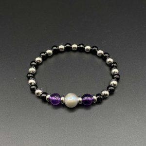 Bracciale elastico da uomo in agata nera, ametista, perla grigia e argento BR0221